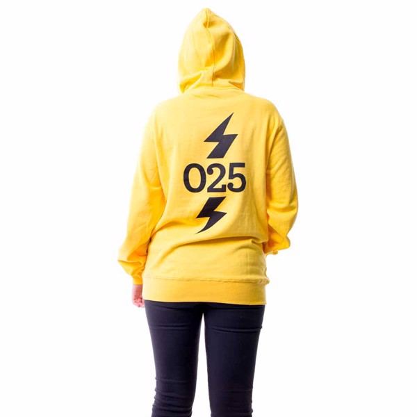 Pokemon - Pikachu #025 Lightning Bolt Hoodie - Packshot 3