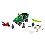 Marvel - Vulture's Trucker Robbery LEGO - Packshot 4