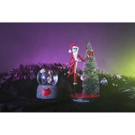 Disney - The Nightmare Before Christmas - Jack with Xmas Tree Figure - Packshot 2