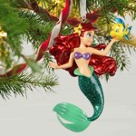 Disney - The Little Mermaid Ariel Premium Hallmark Keepsake Ornament - Packshot 2