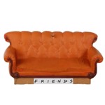 Friends - Central Perk Couch Hallmark Keepsake Ornament - Packshot 1