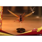 Marvel - Ant-Man on Flying Ant and the Wasp Miniature Collectible Figure Set - Packshot 2