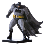 DC Comics - Batman: Arkham Knight - Batman Dark Knight 1/10th Scale Statue - Packshot 1