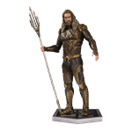 DC Comics - Justice League - Aquaman Statue - Packshot 1