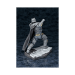 DC Comics - Batman vs Superman - Armoured Batman ARTFX+ 1/10 Scale Kotobukiya Statue - Packshot 4