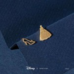 Disney - Cinderella & Glass Slipper Short Story Gold Stud Earrings - Packshot 2