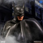 Batman - Batman Ascending Knight 1/12 Scale Action Figure - Packshot 3