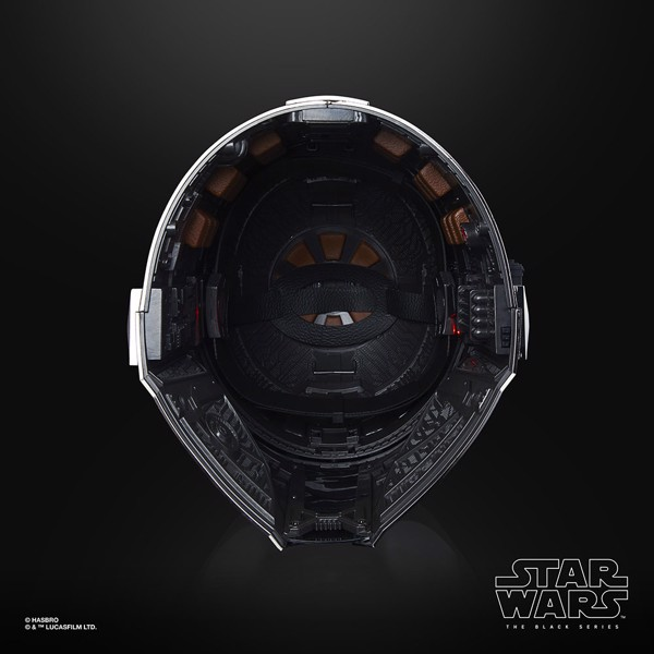 Star Wars - The Black Series The Mandalorian Premium Electronic Helmet - Packshot 5