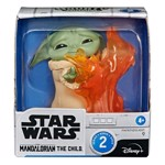 Star Wars - The Mandalorian - The Bounty Collection The Child Stopping Fire Figure - Packshot 2