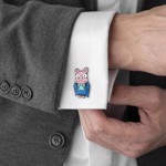 The Simpsons - Pig Bride & Groom Cufflinks Replica - Packshot 3