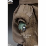 Star Wars - The Mandalorian - The Child Life-Size Figure - Packshot 6