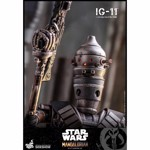 "Star Wars - Mandalorian - IG-11 1:6 Scale 12"" Action Figure - Packshot 3"