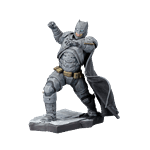 DC Comics - Batman vs Superman - Armoured Batman ARTFX+ 1/10 Scale Kotobukiya Statue - Packshot 1