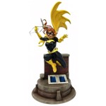 DC Comics - Batgirl With Grapnel by Jim Lee 1/9 Scale Statue - Packshot 1