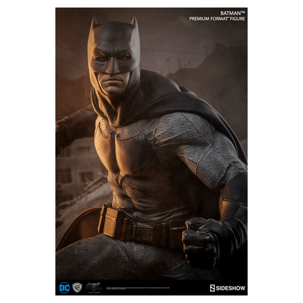 DC Comics - Batman vs Superman - Batman Premium Format Sideshow Collectibles Statue - Packshot 6