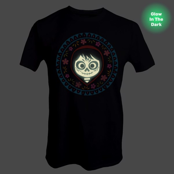 Disney - Pixar - Coco - Miguel Glow In The Dark T-Shirt - Packshot 2