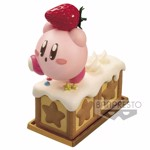 Nintendo - Kirby Strawberry Cake Padolce Figure - Packshot 1