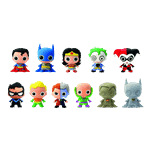 DC Comics - 3D Figural Keychain Blind Bag (Single Bag) - Packshot 2