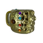 Marvel - Avengers: Infinity War - Infinity Gauntlet Shaped Mug V2 - Packshot 1