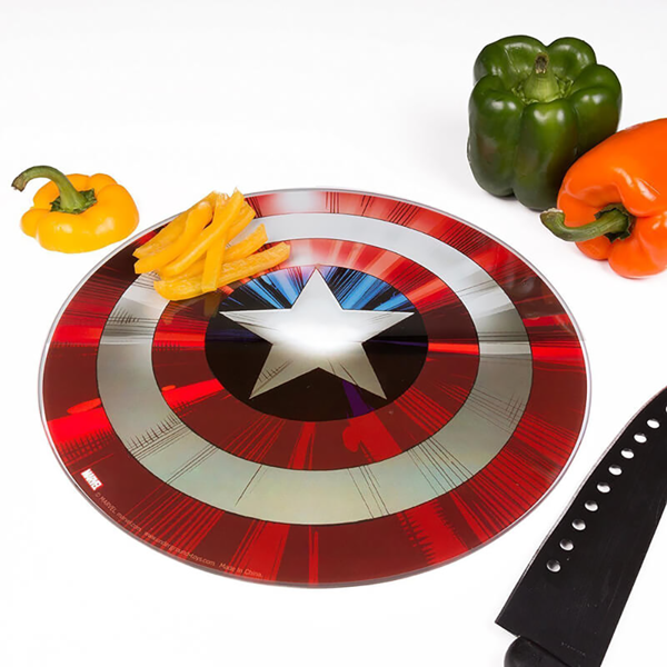 Marvel - Captain America Cutting Board - Packshot 2