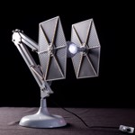 Star Wars - Tie Fighter Posable Desk Lamp - Packshot 2
