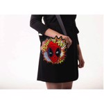 Marvel - Deadpool Head Danielle Nicole Crossbody Bag - Packshot 3