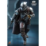 Star Wars: The Mandalorian & The Child 1/6 Scale Action Figure - Packshot 4