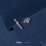 Disney - Mulan - Fan & Sword Short Story Silver Stud Earrings - Packshot 2