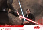 Star Wars - Episode VIII - Luke Skywalker (Crait) 1/6 Scale Collectible Figure - Screenshot 5