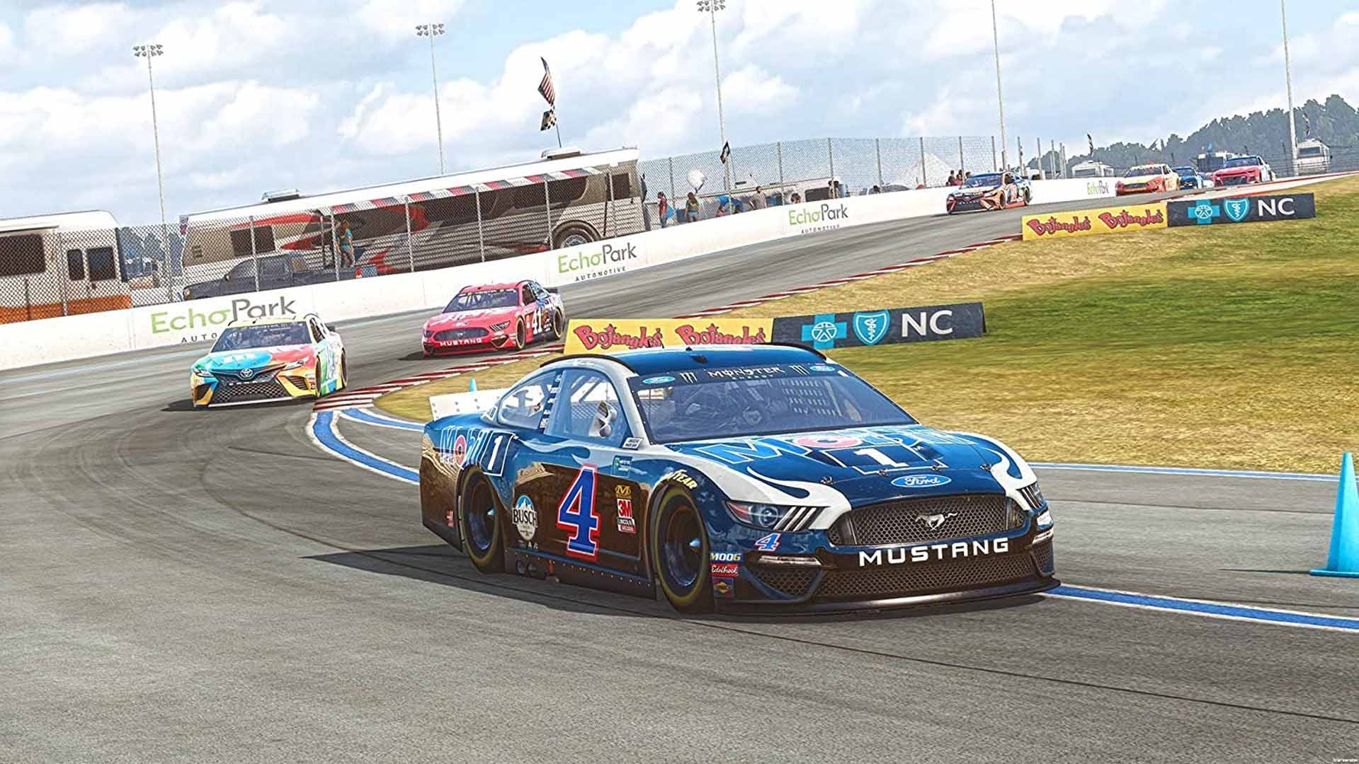 NASCAR Heat 4 - Screenshot 1